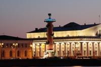 Ростральная колонна - ночной вид