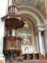 Базилика Св. Адальберта (пресбитерий)