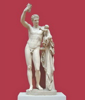 Гермес с младенцем Дионисом (Каллимах)
