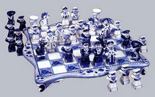 Шахматы (гжель)