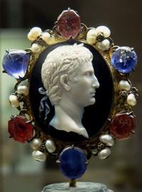 Император Август (камея из сардоникса)